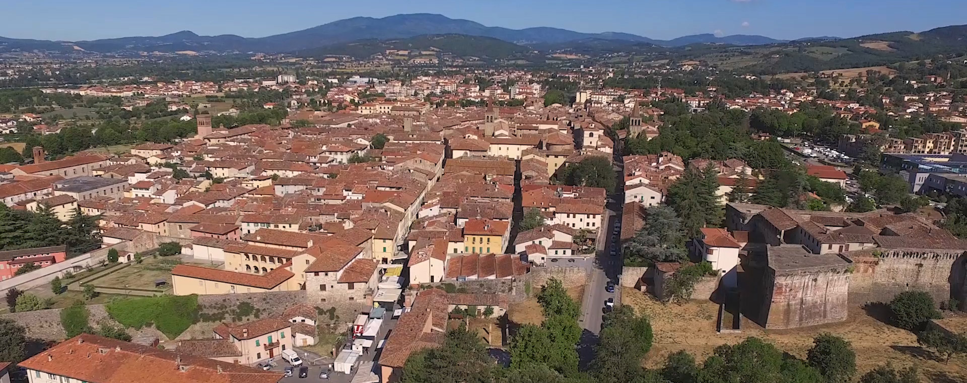 The villa is located in the city centre of Sansepolcro in Tuscany