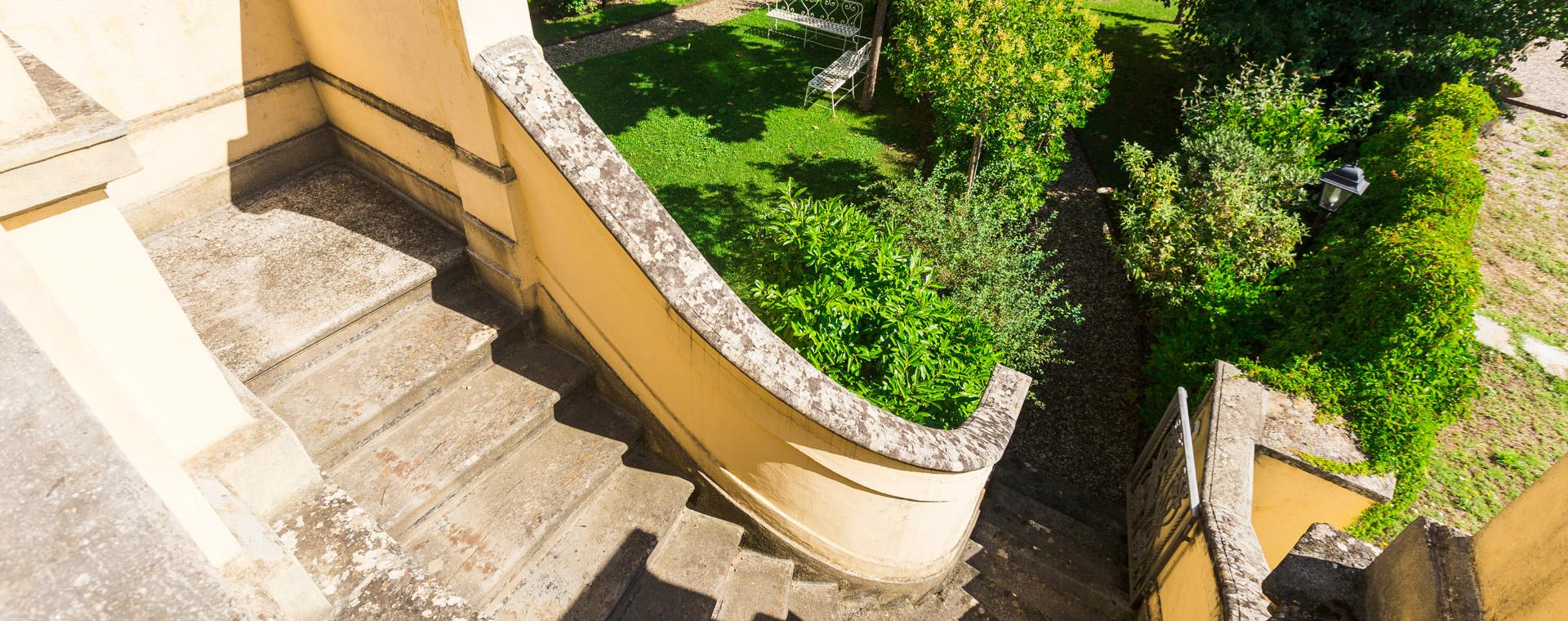 Vendita villa con parco in Toscana